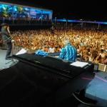 Al Jarreau concert in Rio (LarryWilliams at piano), Nov 16, 2013.